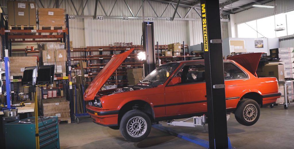 BMW E30 lift