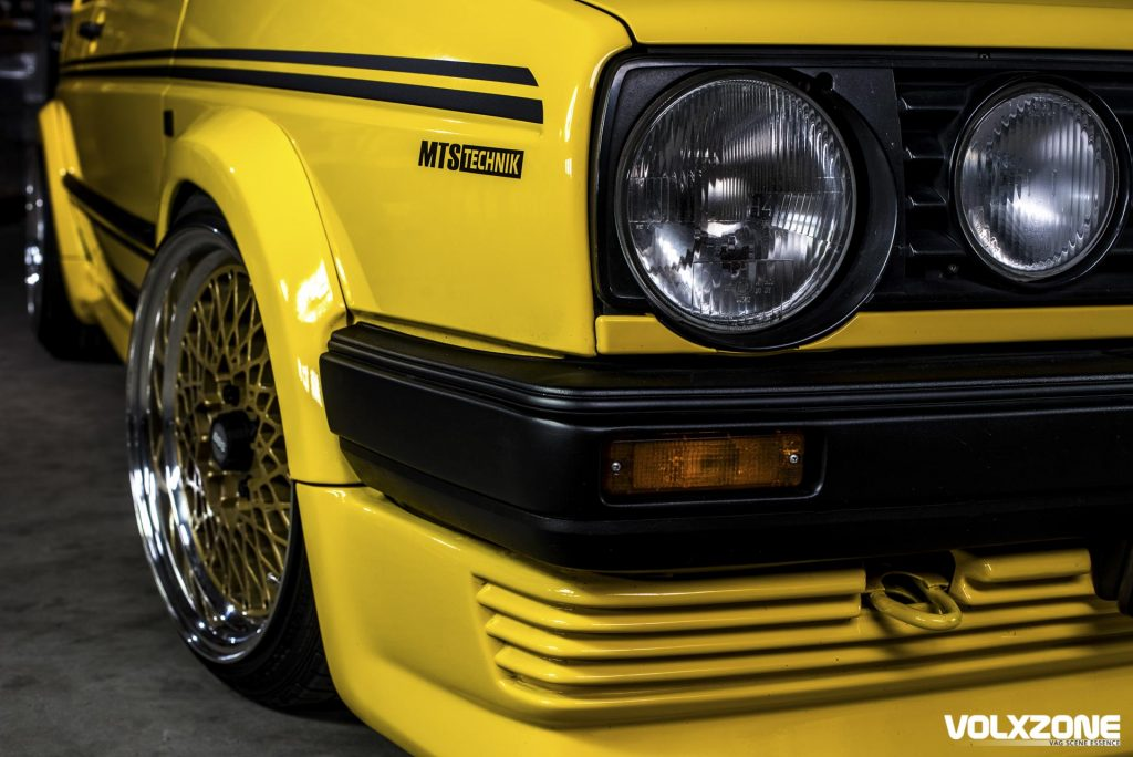 VW Golf front end