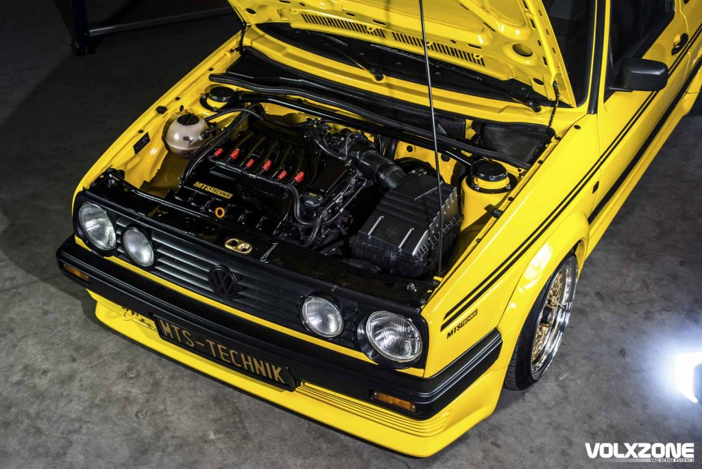 VW Golf R32 engine bay