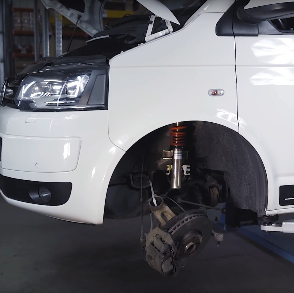 How to assemble a coilovr suspension in VW T5?