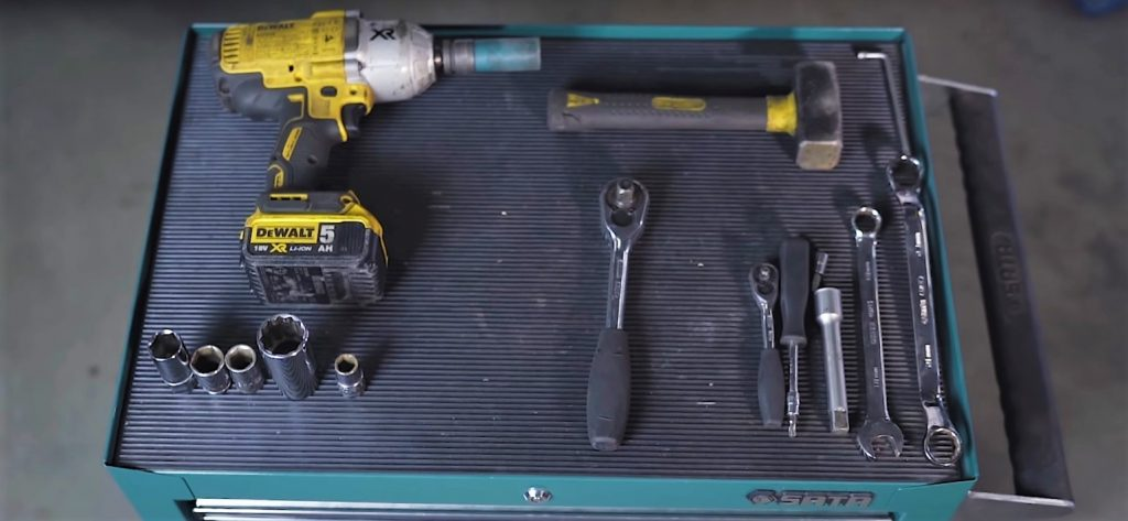 How to assemble a coilover suspension in VW T5? | Blog MTS Technik