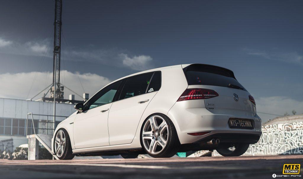Low VW Golf