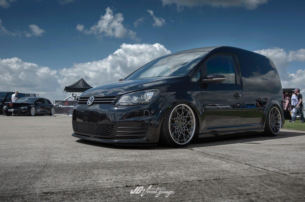 Low VW Caddy